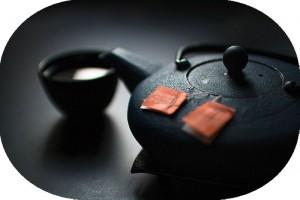 緑茶も多量のカフェインを含有しています
