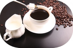 コーヒーやお茶に含まれるカフェインで体に優しく眠気覚まし
