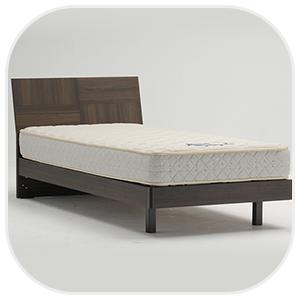 木製タイプのベッド