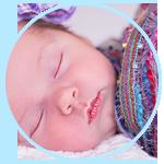 赤ちゃんが眠くなるのはどんな時?寝かしつける方法15選