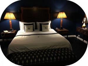 寝室環境を整えるのは必須