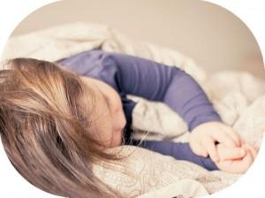 不眠の原因は複雑です