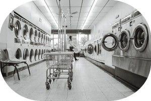 できれば毛布を乾かすのに乾燥機は使わないほうが良いでしょう
