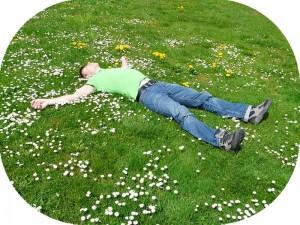 普段着やジャージで寝るのをやめるとよく眠れる?