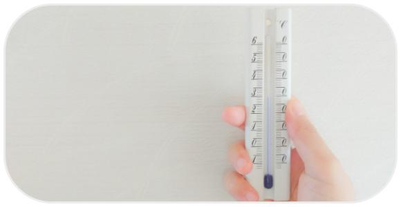 温度計を持つ人